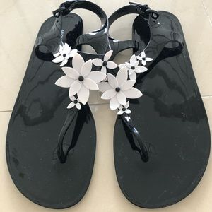 New Michael Kors jelly sandals size 10